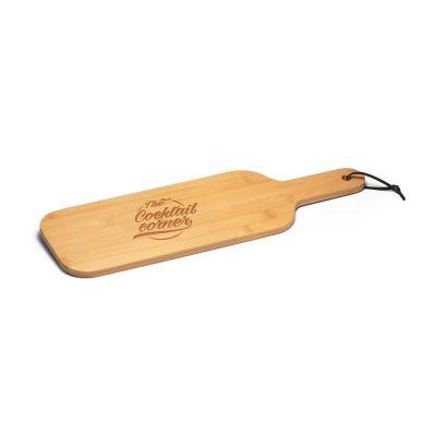 SESAME Tagliere in bambù, ideale per servire gli aperitivi. Fornito con fascetta di cartoncino.