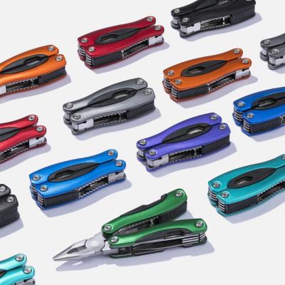 Multiattrezzo colorato in acciaio 13 strumenti